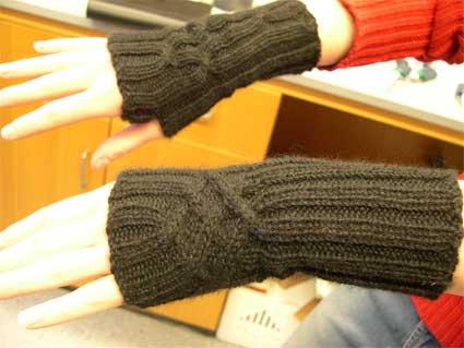 Ang's wristwarmers